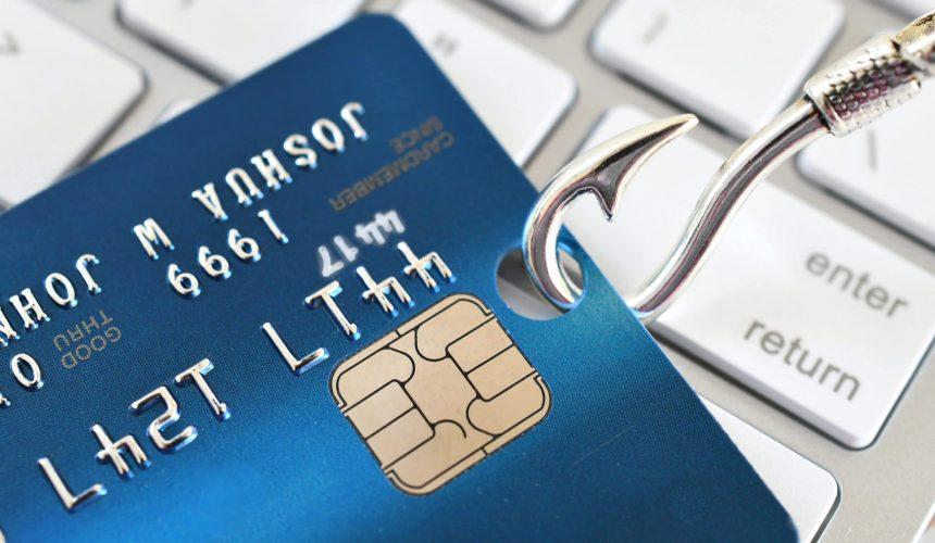 phishing-scam-fraud-identity-theft-concept-credit--4NAJRVL